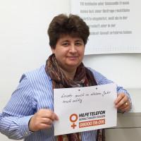 Micky Wenngatz, Vorsitzende der bayrischen SPD-Frauen beteiligt sich an der Aktion #Hilfetelefon