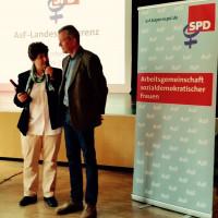 AsF Vorsitzende Micky Wenngatz im Gespräch mit Ulrich Maly, Nürnbergs OB